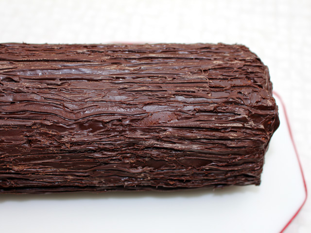 rocky-road-yule-log-project-by-sarah-harris-chocolate-covered-log