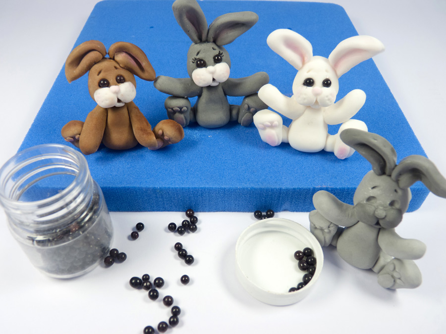 9-katy-sue-sugar-buttons-rabbits